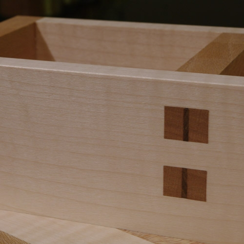 Biscuit Box - close up central joints