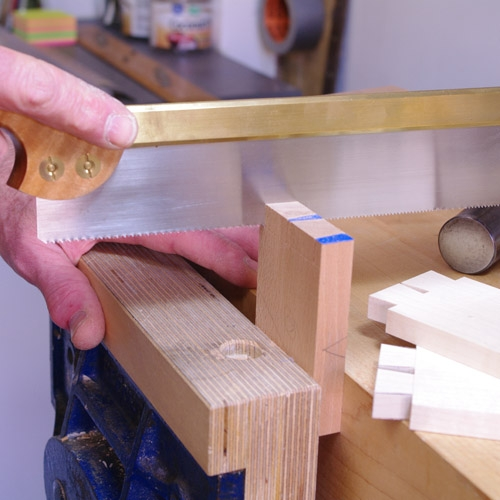 Cutting Dovetails - Dovetail saw
