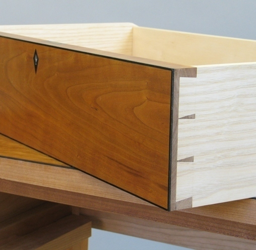 Making and fitting a dovetailed drawer course by john for Furniture making courses